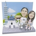 Q-Family - Loving Couple Mini Figurine