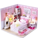 Pocohouze Ellie's Room DIY Miniature Dollhouse - M001